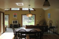 Teacher&#39;s Jay Peak Retreat, seasonal rental @ $7,500 plus utilities, < 5 miles to resort